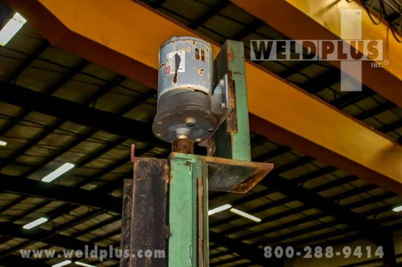 4 x 2 Capital Weld Manipulator With Manual Travel Car