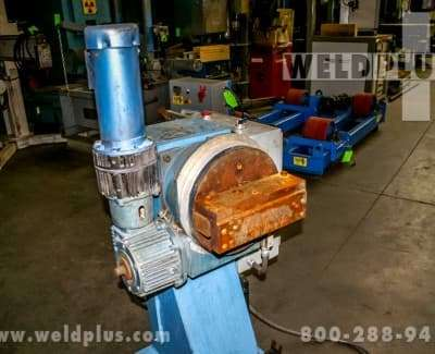 1000 lb Bobcat Robotic Headstock Tailstock