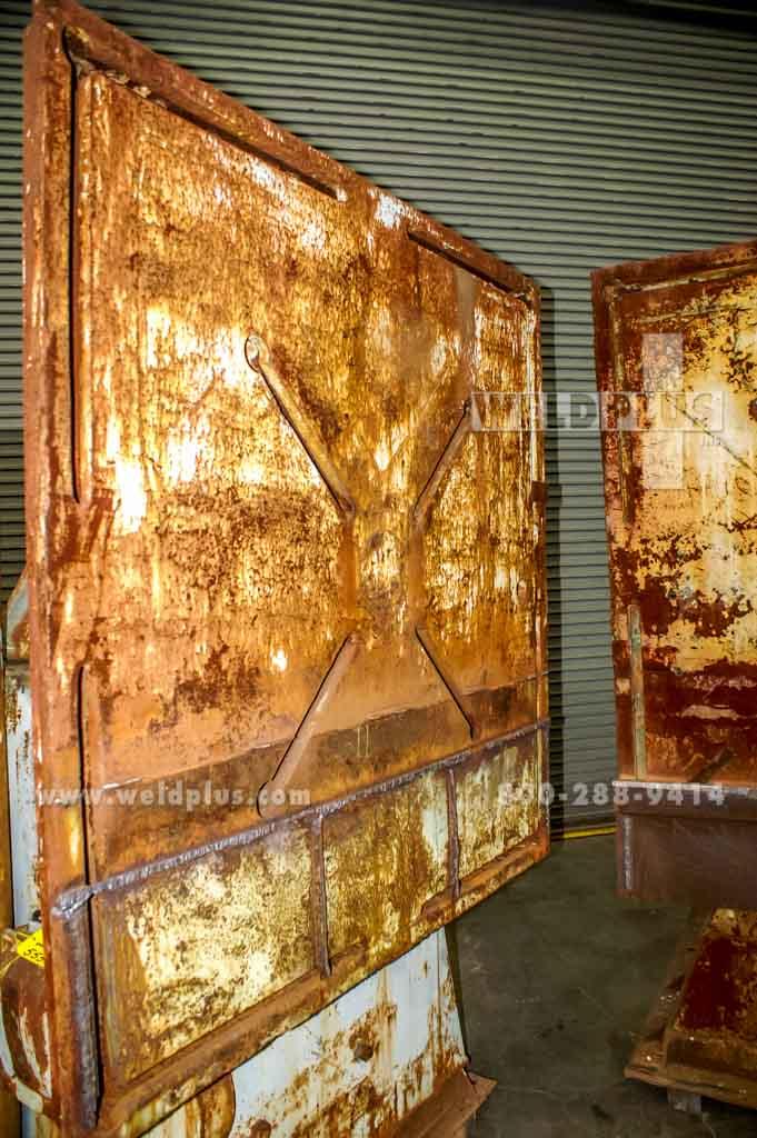 48,000 lb. Worthington Headstock Tailstock