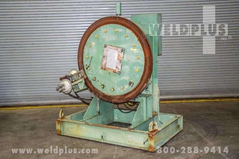 12,500 lb. Komatsu Welding Headstock