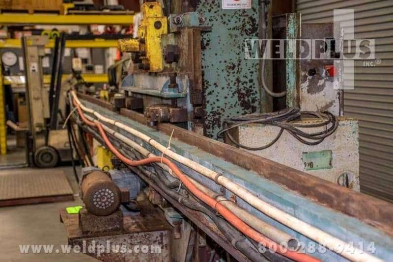 4 x 16 ft. Subarc Pandjiris Manipulator Model 1400