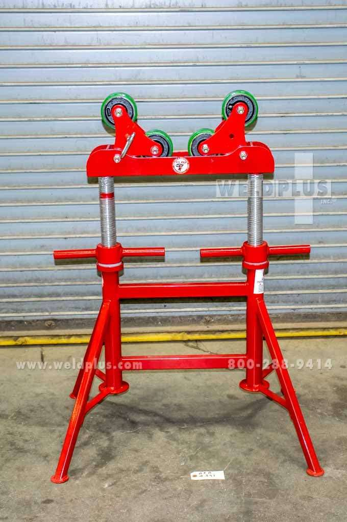 B & B 3,000 lb. Roller Head Pipe Stand